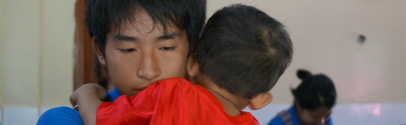 真の愛とは何でしょうか。与えて忘れるものです。与えて、また与え、また与えるのです。 Rev.Sun Myung Moon